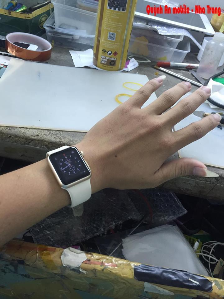Apple watch repair glass in Nha Trang