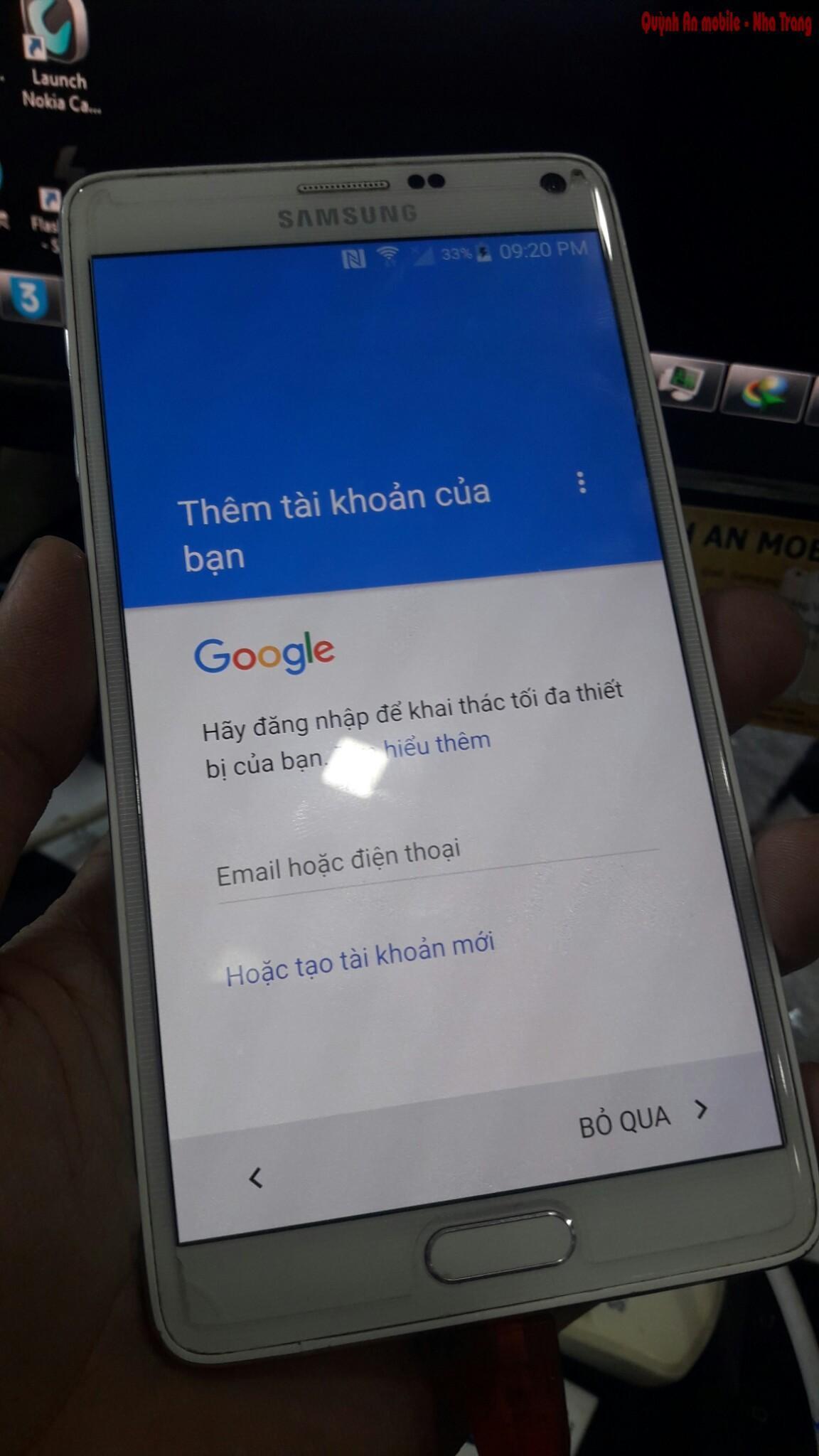 Khách hàng có thể đăng nhập tài khoản Gmail Google để tải các cứng dụng từ CH Play
