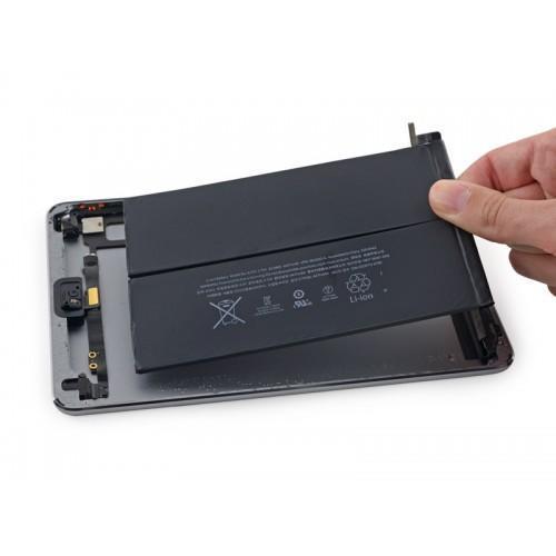 Thay pin Iphone 11 chính hãng tại Nha Trang 3