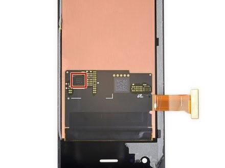 iFixit tiến hành mổ bụng Galaxy Fold để xem Samsung đã sửa nó như thế nào - Ảnh 6.